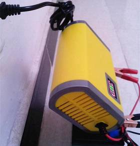 Battery Charge 12V Portable Unit 6AH