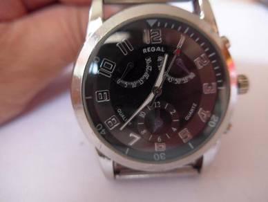 Regal Quartz Watch