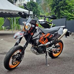 KTM 690 SMC R unreg 2016