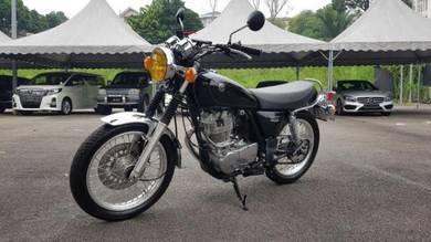 Yamaha SR400 Unreg