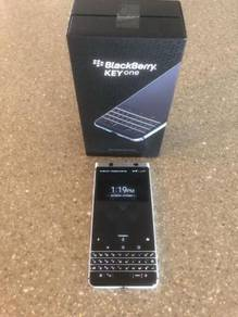 BlackBerry KeyOne Silver 32GB Boxed