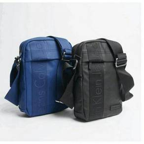 Beg ck biru hitam