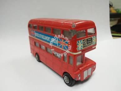 Vintage DIECAST london bus double dacker