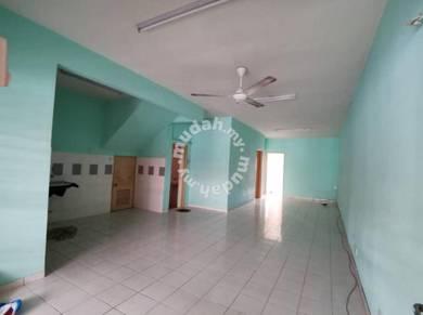 (RENT)Rawang Amansiara Town House G.F
