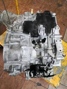 Toyota Harrier 2.0 CVT gearbox 2014 - Used