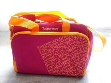 Tupperware mummy bag