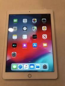 Space Gray Apple iPad 5 128GB, Wi-Fi