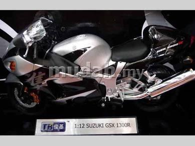 Suzuki GSX 1300R Black
