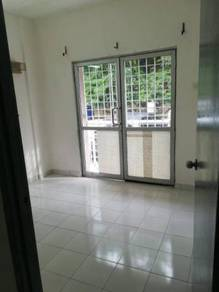 {HOT DEAL }Putra Permai Partial Furnish For Rent Clean Wellkept✨