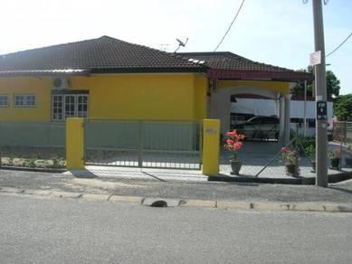 Homestay Anis Fasa 2I Corner lot