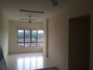 1 Petaling Condo, 884sf, 1 Parking, Sungai Besi, RM385k