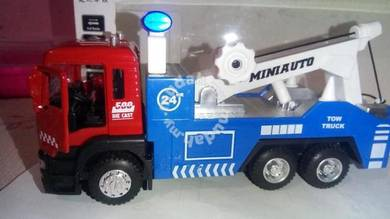 Diecast 1.32 towing truck