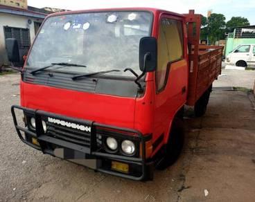 1996/97 Mitsubishi Diesel 1ton muatan panjang kayu