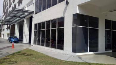 Sun control hott tinted uvk500 rumah build