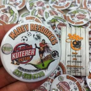 Pin Button Badge Design Sukan ADH04 041