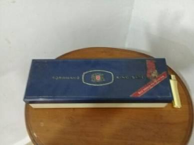 119 Kotak rothmans plastik B