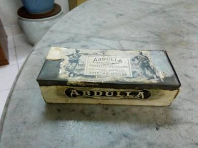 TExp Abdulla Rectangular Tin Lama Vintage Old