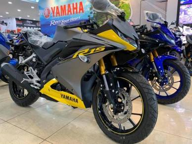 Yamaha YZF-R15 ~ R15 ~ Yamaha Star Centre