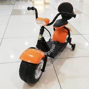 Motor scooter Harley Davidson for kids fun