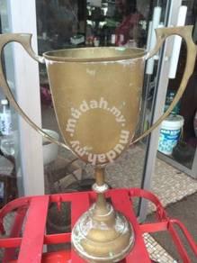 Antique Trophy Piala 19