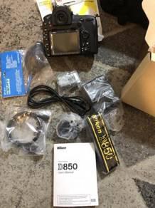 Nikon D580 DSLR CAMERA