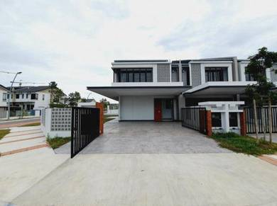 CORNER LOT Facing North Superlink House Elmina Green West Shah Alam