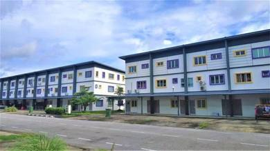 Townhouse At Wassion Avenue Batu 15 Siburan Kota Samarahan
