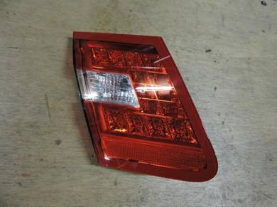 Mercedes E-class W212 Rear Boot Lamp Reflector