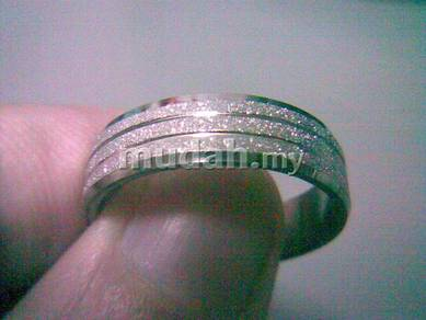 ABRSS-L003 Silver Center 4 Line Stainless Ring 10