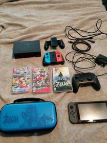 Nintendo Switch Bundle - Games + Controllers + Cas