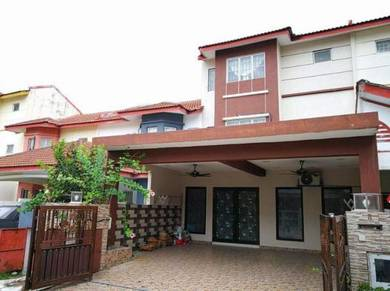 Renovated and extended 2 1/2 storey terrace house amanputra puchong