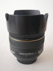Sigma 30mm 1.4 EX DC HSM- Nikon Mount