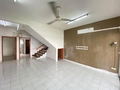 Bandar Sri Damansara , near shop lot , cheaper unit