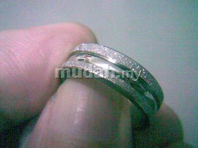 ABRSS-L005 Silver Center U Line Stainless Ring 6.5