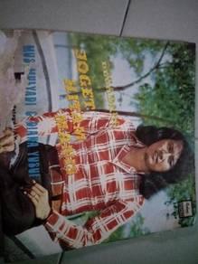 Piring Hitam LP Melayu Mus Mulyadi dan Diana Yusuf