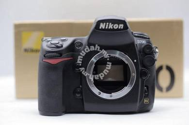 Nikon D700 Full Frame DSLR Camera Body