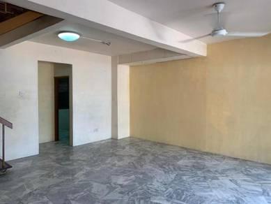 2 Storey House 20 x 70 Lestari Perdana LP near School Seri Kembangan