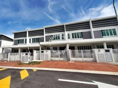Double Storey House Putra Heights, Kampung Bukit Lanchong, Subang Jaya