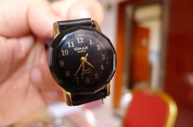 Omax Quartz Small Round Dial Watch