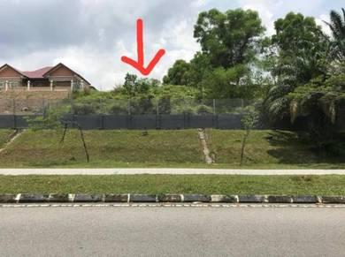 FREEHOLD Bungalow Land Putra Hill Residensi Bandar Seri Putra