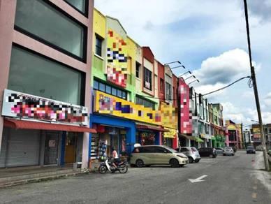 4 Storey Shop End Lot At Station 18,Pengkalan,Ipoh