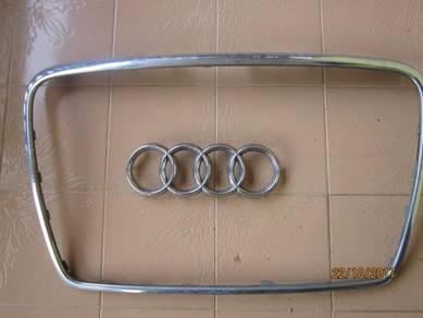 AUDI Chrome Front Grille Rings Badge Emblem/frame