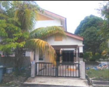 Bandar Putra, 2-Storey Terrace (Below Market 20%, Save RM 50k) End Lot