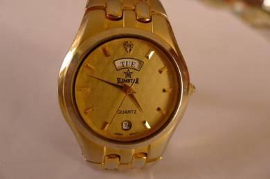 Slimstar Quartz Round Gold Patterned Dial Watch