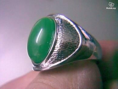 ABRWG-G006 Vogue 9K White GF Green Jade Ring Sz8.7