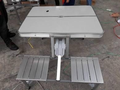 Meja lipat dengan 4 kerusi camping picnic table