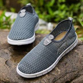0265 Grey Sport Slip On Men Breathable Water Shoes