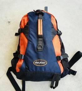 Vtg original DEUTER backpack orange kueii
