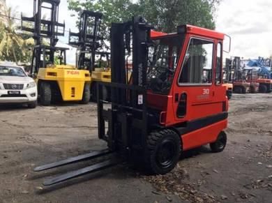 JAPAN Direct Import TOYOTA 3 ton Battery Forklift