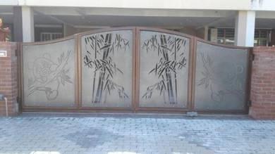 Pintu Pagar corak buluh